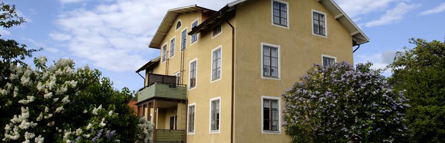 Trevåningshus på Ormgatan